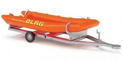 Anhänger mit Schlauchboot DLRG