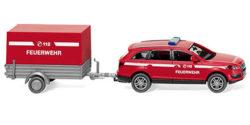 Audi Q7 mit Anhänger Feuerwehr